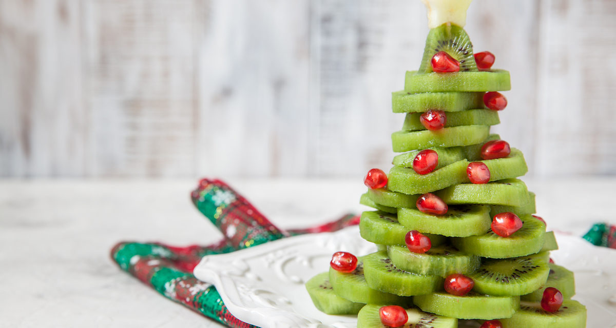 Healthy Snacks to Prevent Overeating This Holiday